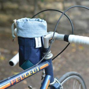 Petite sacoche pour accrocher au guidon d'un vélo de ville