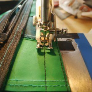 Fabrication d'une sacoche de vélo écologique éco-cousue