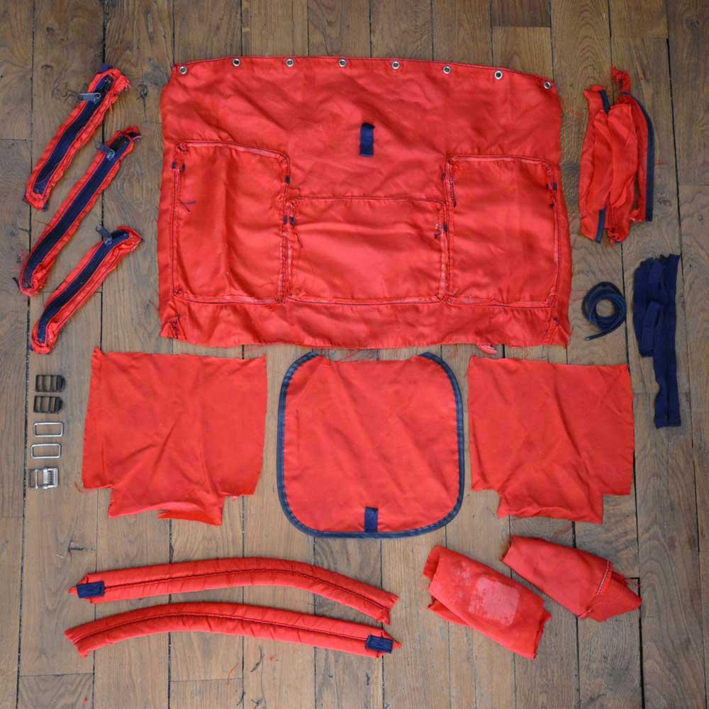 Vieux sac à dos rouge Lafuma