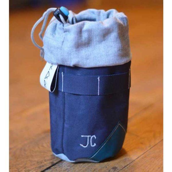 """""""JC"""" initiales de Jean-Charles brodées"""