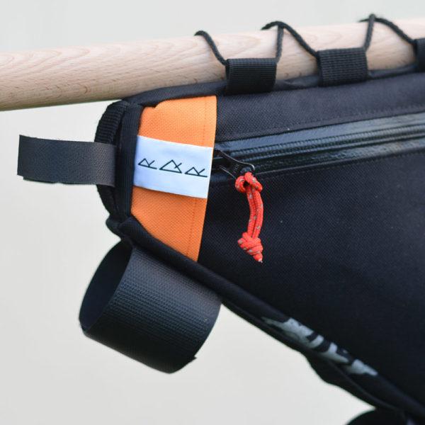 Sacoche de cadre demie croche noire et orange